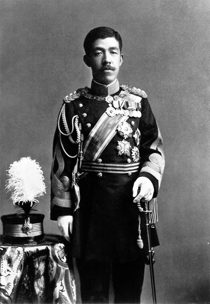 大正天皇 大正天皇の写真 | 大正ガイド 大正天皇の写真 :現代に残る貴重な写真を拡大サイズで見